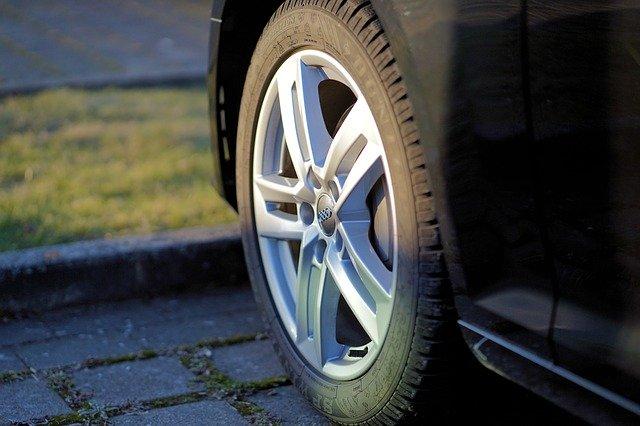 auto kolo pneumatika
