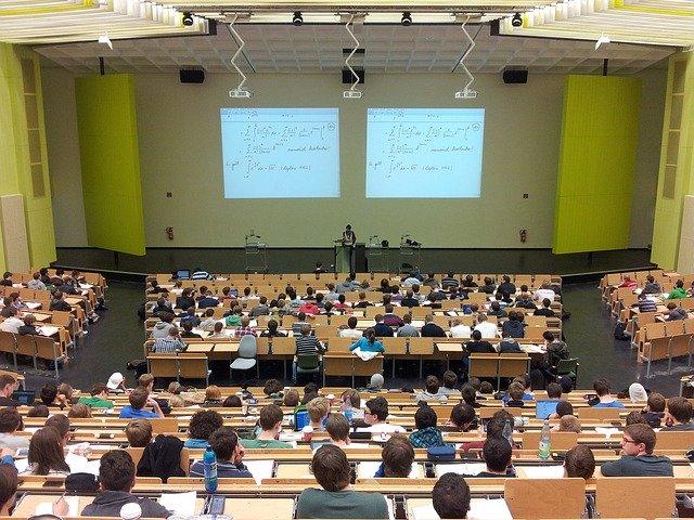 univerzitní přednáška